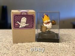 Castle Crashers King Figure with Display Case And Box
