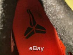 Kobe X 10 Elite Low Christmas Xmas So 10.5 VNDS No Box. Comes With Display Case