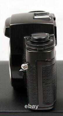Leica R4 MOT Electronic 35mm Film SLR Camera Body c/w Straps, Display Case & Box