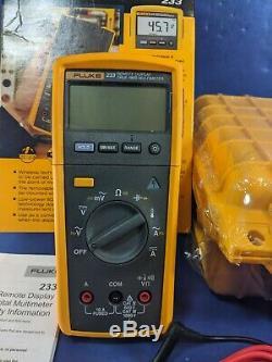 New Fluke 233 TRMS Remote Display Digital Multimeter, Case, Box