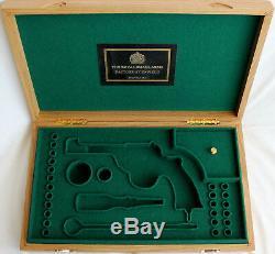 PISTOL GUN PRESENTATION CUSTOM DISPLAY CASE BOX for ENFIELD No. 2 Mk 1 webley