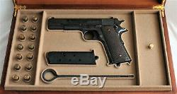 PISTOL GUN PRESENTATION DISPLAY CASE BOX for COLT m1911 government. 45 acp